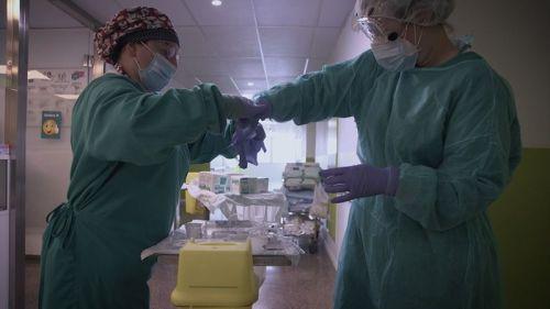 'Vitals': El retrato de HBO de la vida en un hospital durante la pandemia
